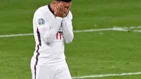 Jadon Sancho se lamenta tras fallar su penalti en la final de la Eurocopa 2020