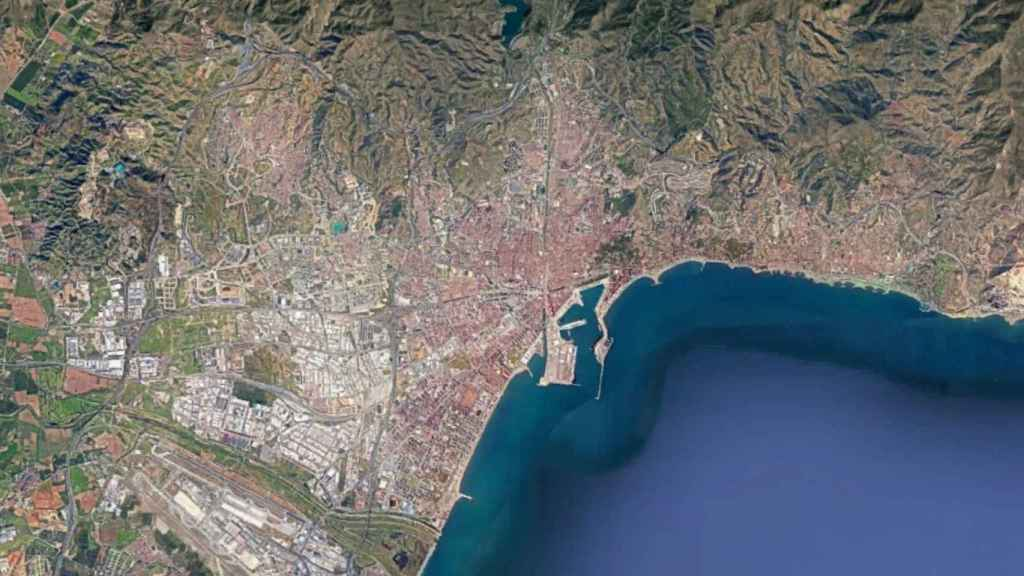 Y la Costa del Sol se hizo megalópolis: la increíble evolución de Málaga, desde el espacio