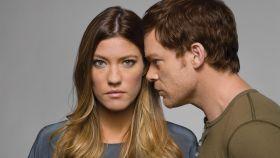 Jennifer Carpenter y Michael C. Hall en una imagen promocional de 'Dexter'.