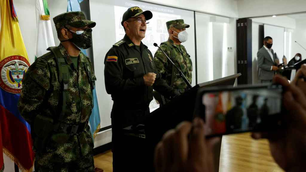 El general Jorge Luis Vargas, director de la policía de Colombia, en una rueda de prensa.