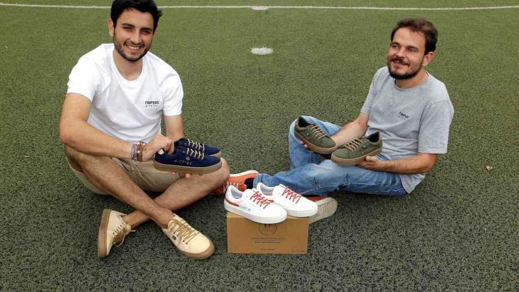 Aitor Carratalá y Diego Soliveres, de Timpers, han diseñado las zapatillas que calzarán los atletas paralímpicos españoles en Tokio 2020.