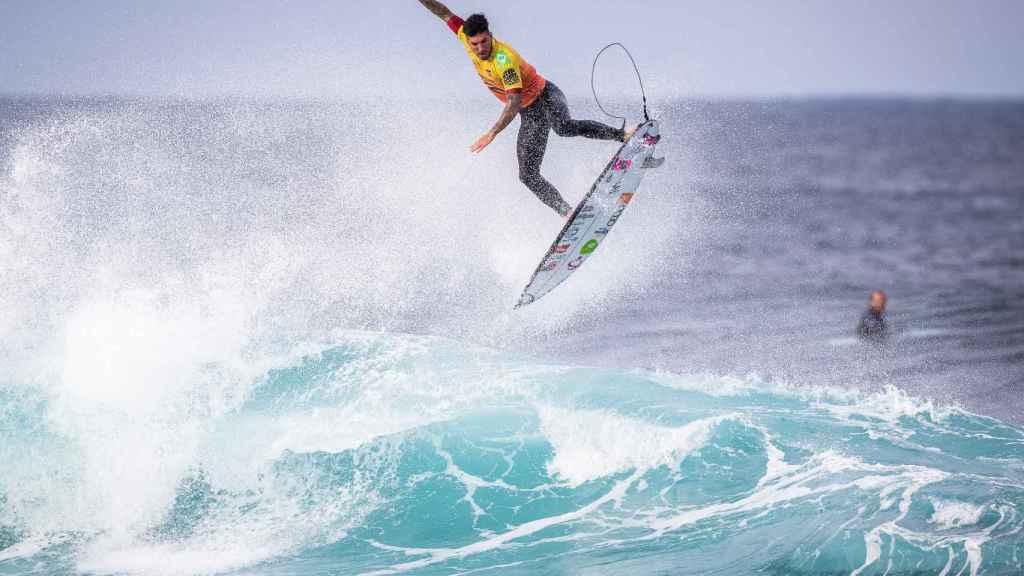 Gabriel Medina, surfista brasileño, durante una prueba de las Series Mundiales de Surf