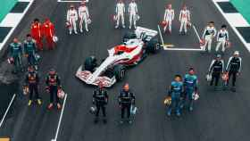 La parrilla de la Fórmula 1 con el monoplaza de 2022
