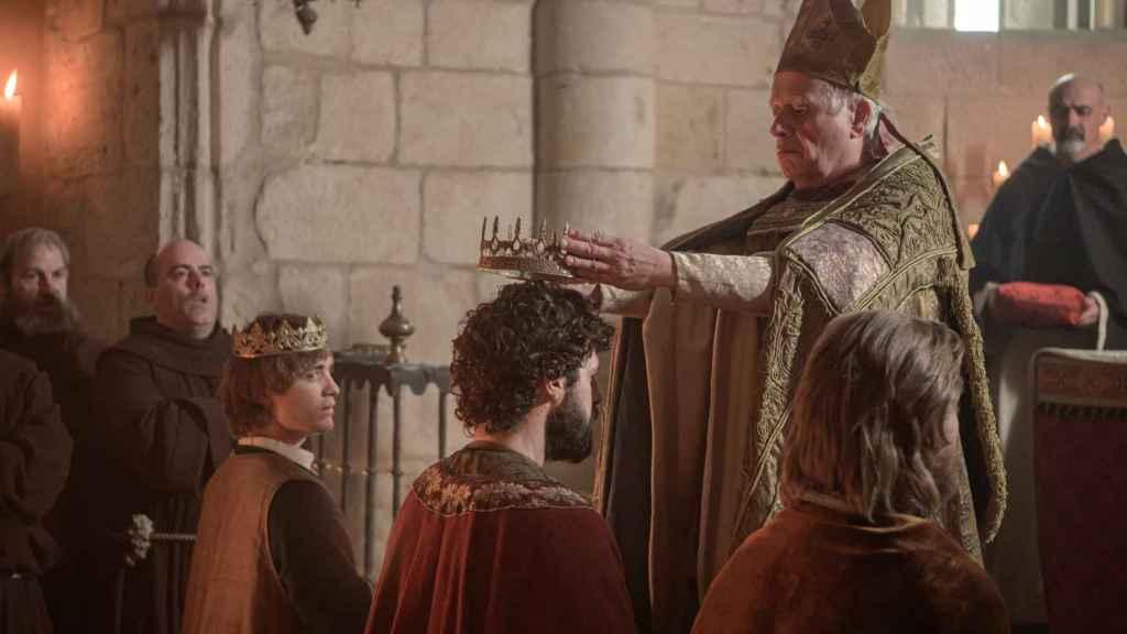 Coronación de García, Sancho y Alfonso.