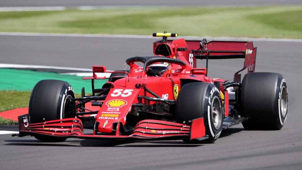 Carlos Sainz en el circuito de Silverstone