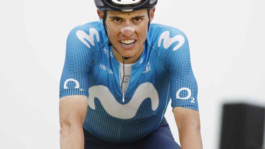 Enric Mas durante una etapa del Tour de Francia 2021
