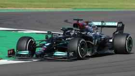 Hamilton vence en el Gran Premio de Gran Bretaña en Silverstone