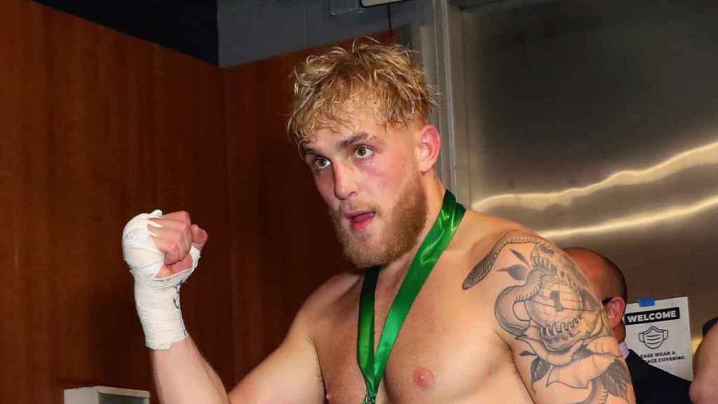 Jake Paul, durante un combate de boxeo en el Staples Center de Los Ángeles (EE.UU.)