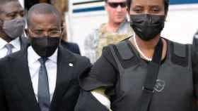 Martine Moise, primera dama de Haití, en su regreso al país tras el asesinato de su marido.