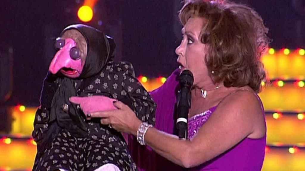 Mari Carmen con Doña Rogelia