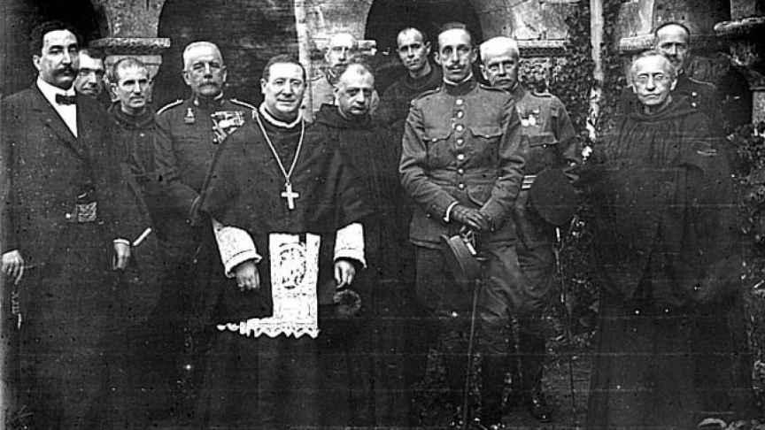 Alfonso XIII durante su visita a Burgos en 1921