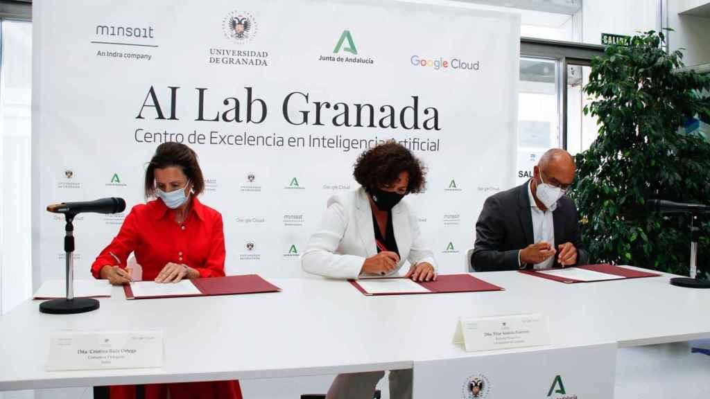 Firma del convenio para la creación del nuevo Centro de Excelencia en Inteligencia Artificial.