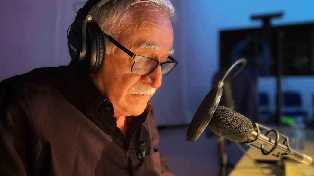 'Saber y Ganar' rinde homenaje a Juanjo Cardenal, la mítica voz del programa que se jubila