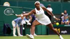Coco Gauff durante un partido en Wimbledon 2021