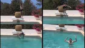 Fede Valverde tirándose a la piscina