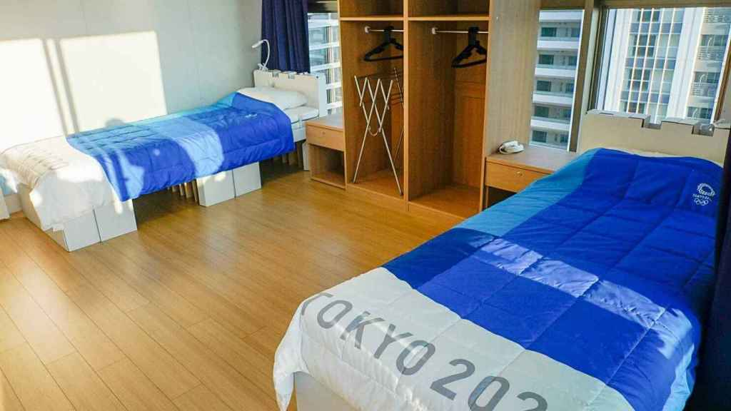 Las camas de los deportistas que están en Tokio.