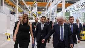 Susana Díaz, junto a Fernando López Gil (en el centro) en una imagen de archivo.