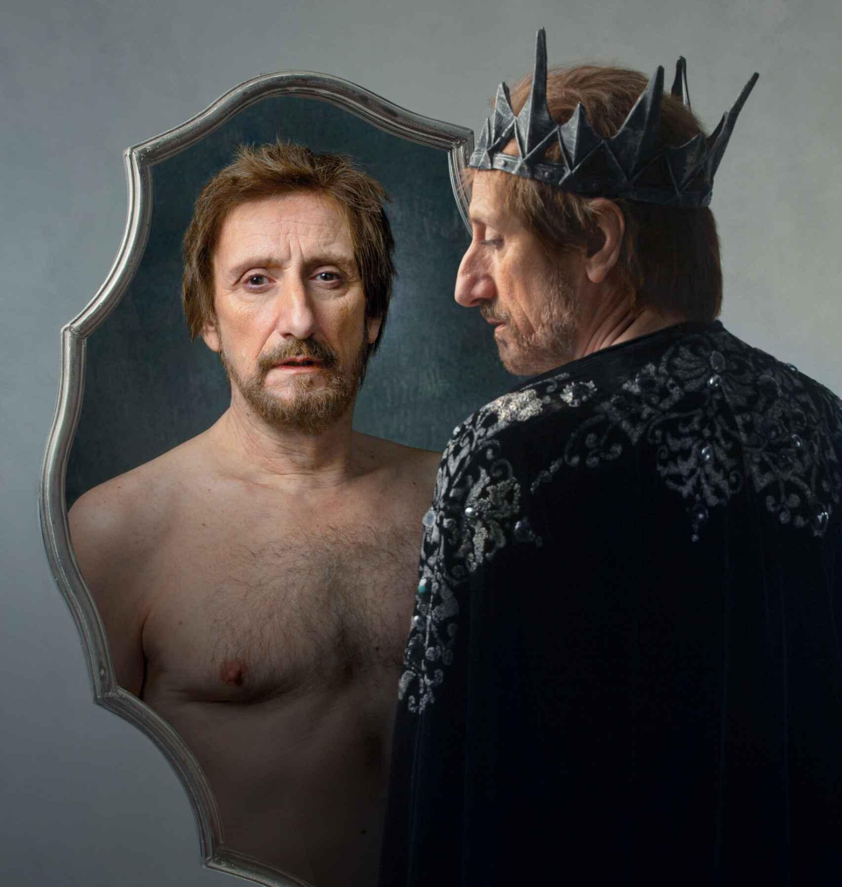 José Luis Gil en 'Eduardo II, ojos de niebla'.