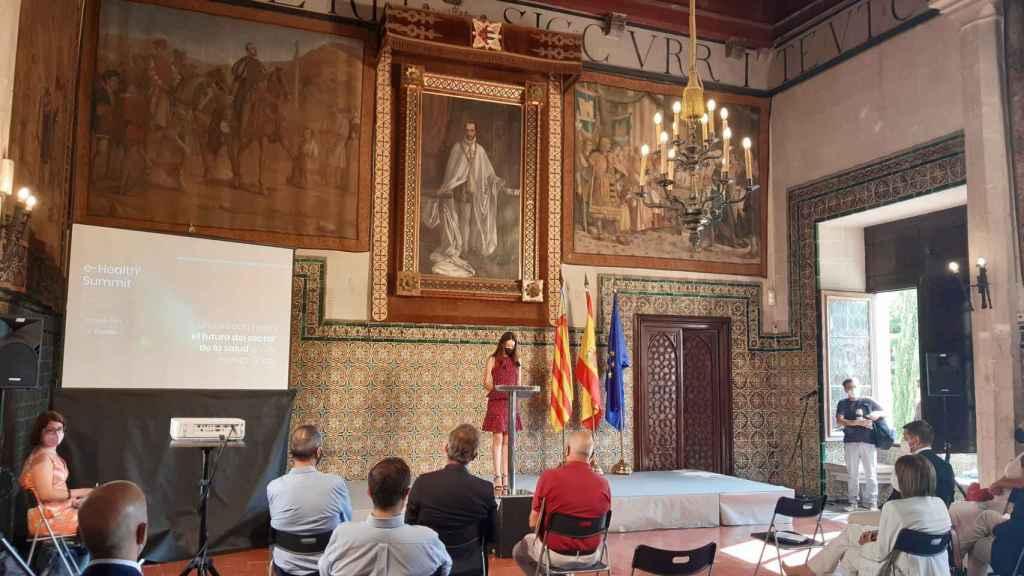 La consellera de Innovación, Carolina Pascual, durante su intervención en el 'eHealth Summit' en el Palau  Ducal de los Borja de Gandia.