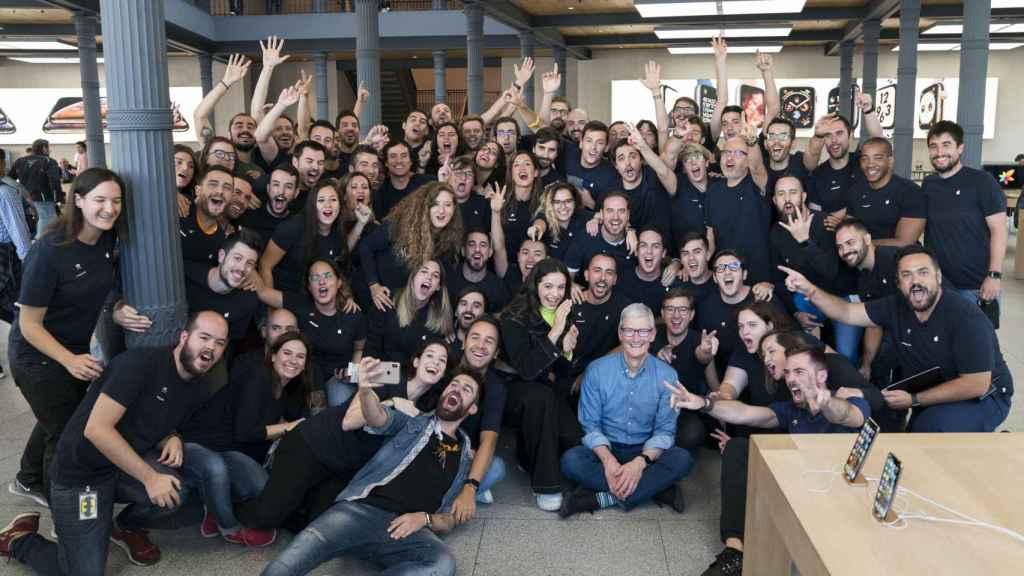 Tim Cook en Apple Puerta del Sol en su última visita a España en Octubre de 2018.