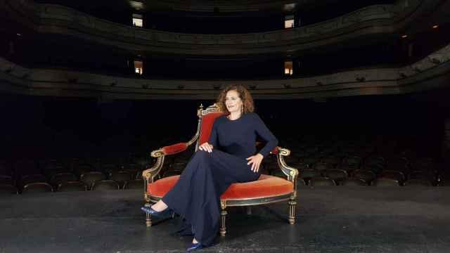 Toñi Martín-Zarco en el Teatro Principal, donde se proclamará a la Bellea del Foc el sábado.