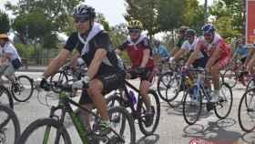 Homenaje ciclistas fallecidos carreteras Valladolid monumento (3)