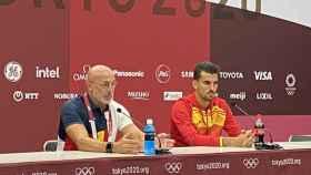 Luis de la Fuente y Dani Ceballos en la rueda de prensa previa al partido contra Japón
