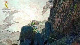 Muere un escalador tras desprenderse una roca en el Balaitús