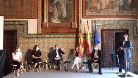 Jorge González (Ticbiomed); Cristina Bescos (EIT Health España); Juan Ángel Poyatos (Generalitat Valenciana); Mónica Vázquez ( Fisabio) y Elena Femenía (LocalEurope) en la mesa redonda moderada por el periodista Xavi Borras en el encuentro de Gandia.