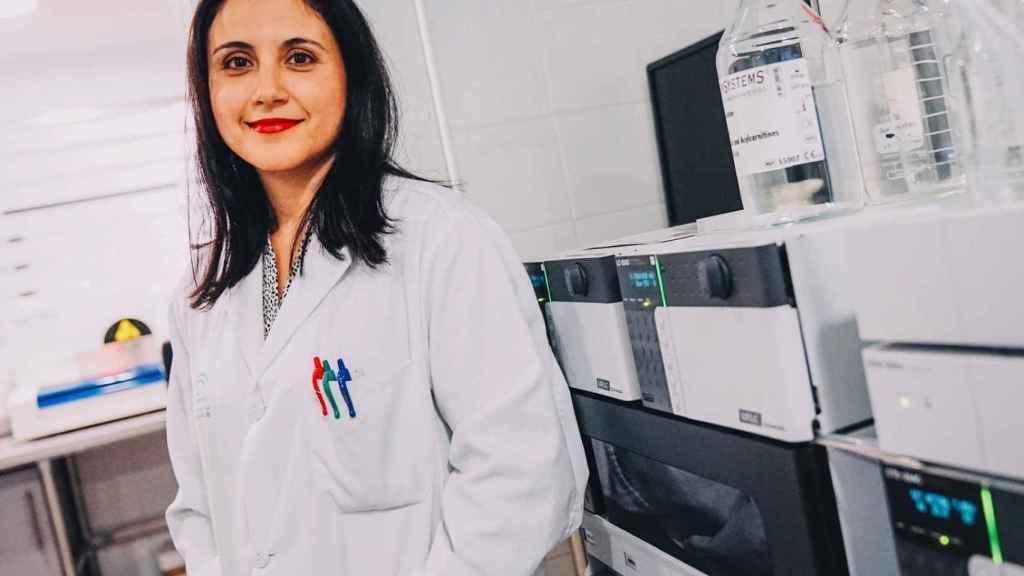 La doctora Raquel Yahyaoui es la responsable del laboratorio de cribado neonatal.