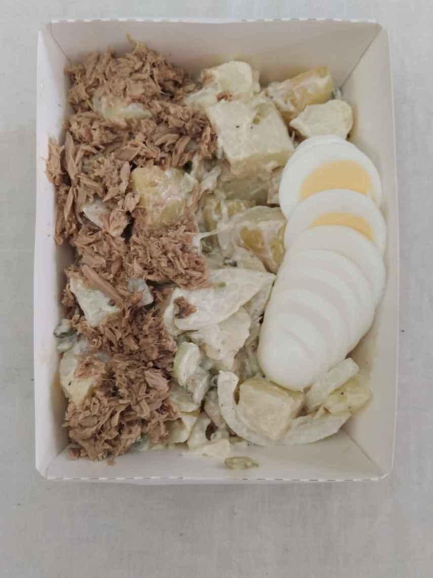 La ensalada de patata y atún con salsa César de Mercadona.