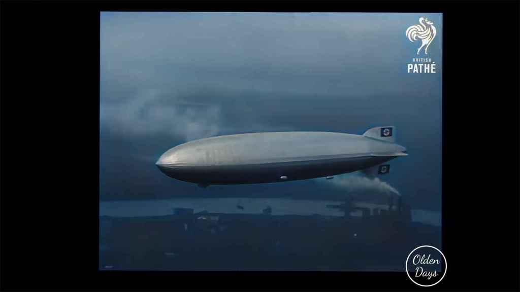 Hindenburg en el aire