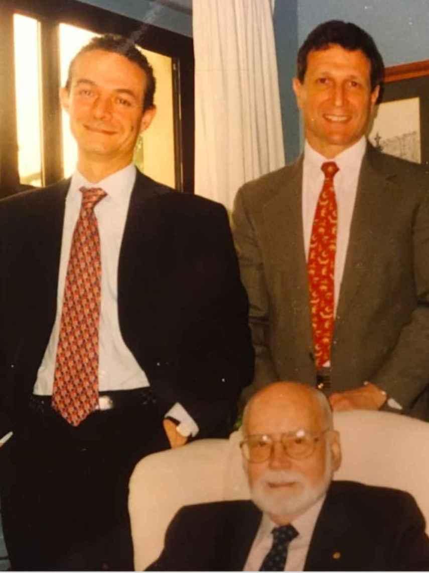 Con el premio Nobel Donnall Thomas (con barba) y el profesor de Harvard Robert Sackstein, en la inauguración de la primera unidad de trasplante en Murcia.