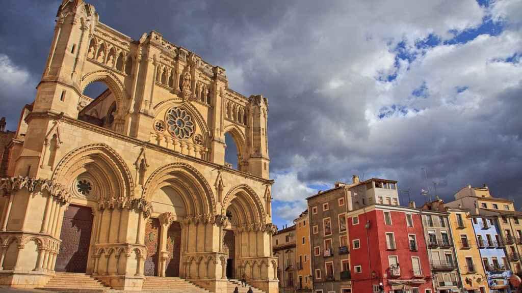 La Catedral de Cuenca, punto de partida de Tierra de girasol. Foto: Flickr Tomás Fano