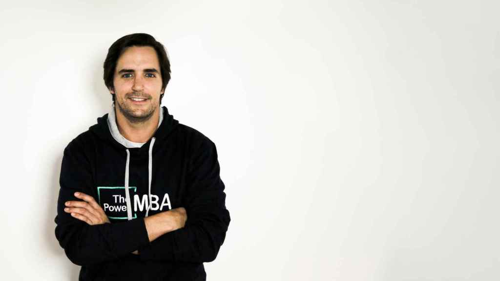Hugo Arévalo es inversor y cofundador de múltiples proyectos como ThePowerMBA,  Auro Group, Buytheface, Bright&Sharp y Albau Ventures.