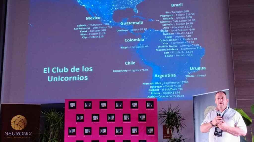 El archiconocido 'tiburón' Marcus Dantus, fundador y CEO de Startup México, en la cumbre Millonario Master Minds.