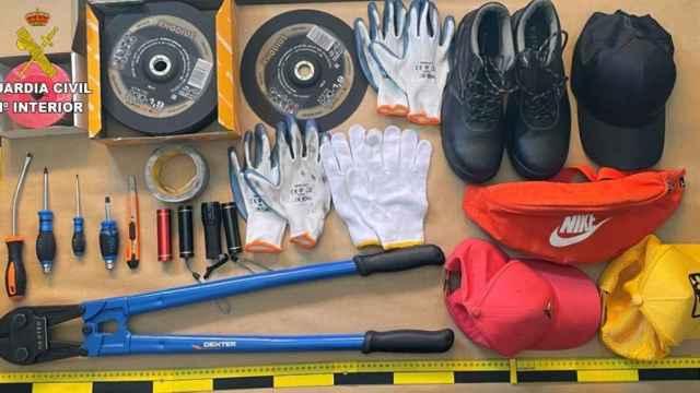 Material de la banda que robaba a los camiones en Toledo y Madrid