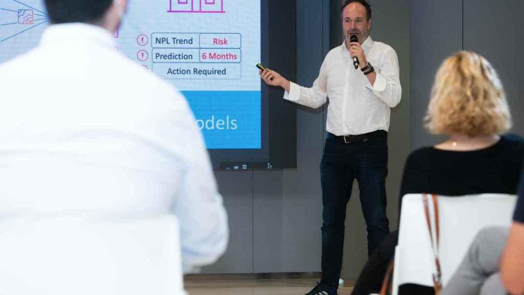 El CEO de Wenalyze, Carlos Albo, durante el Capital4Startups Pitch de hace un mes en Valencia.