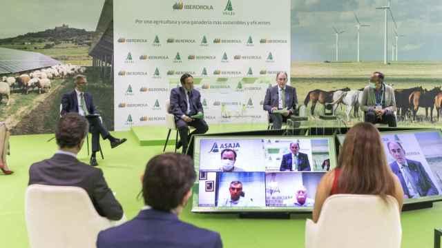 Ignacio Galán, presidente de Iberdrola, y Pedro Barato, presidente de ASAJA, en la presentación de la alianza.