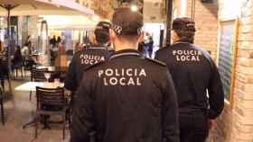 La hostelería de Alicante clama contra el toque de queda.