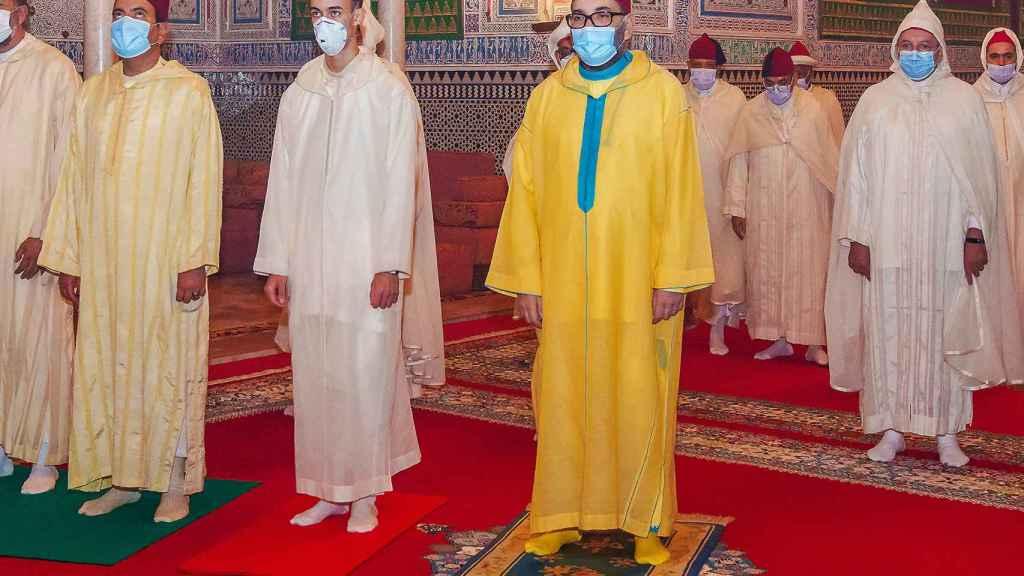 El príncipe Moulay Hassan de Marruecos y su padre, Mohamed VI.