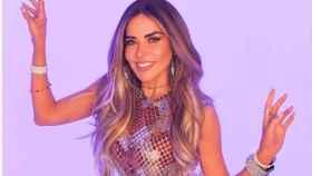 Gloria Trevi posando para la promoción de su nuevo sencillo, 'Nos volvimos locos'.