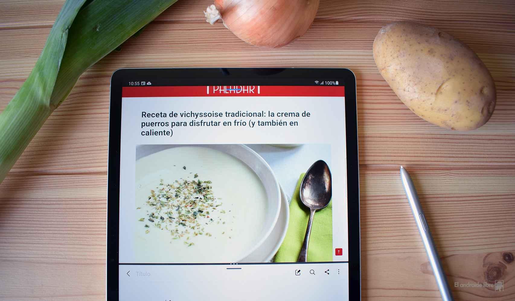 La tablet de Samsung en la cocina