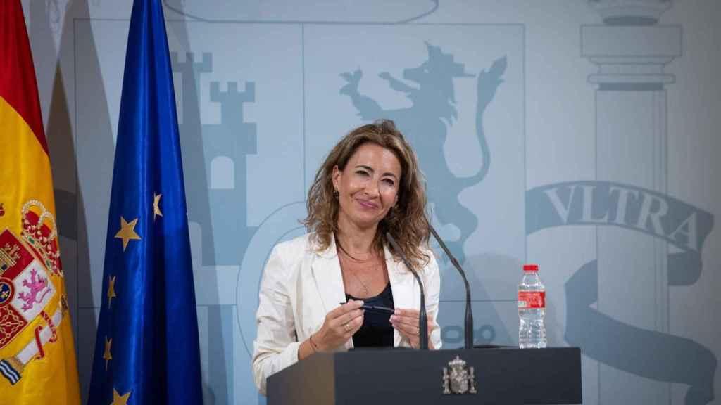 La ministra de Transportes, Movilidad y Agenda Urbana, Raquel Sánchez, interviene durante una comparecencia