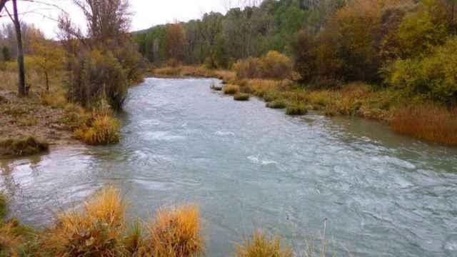Rescatados dos jóvenes de 14 y 20 años en el río Júcar a su paso por Cuenca