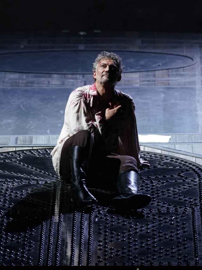 El tenor Jonas Kaufamann en pleno bis en el Teatro Real.