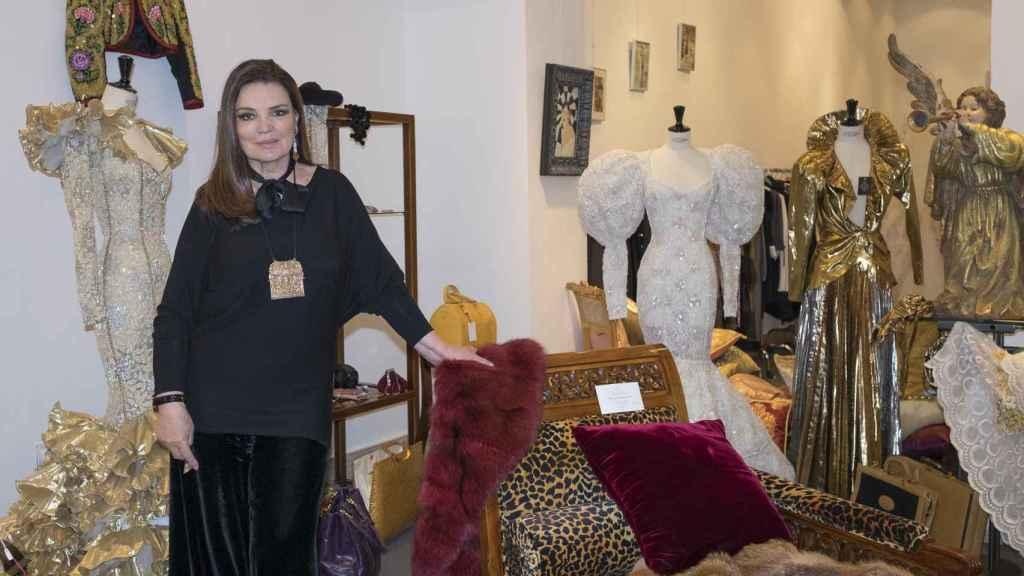 La artista en 2016 durante una exhibición llamada 'María José Cantudo, vestidos de arte'.