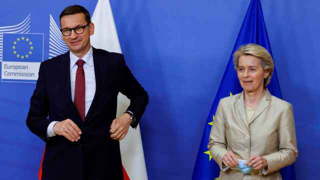 El primer ministro Polaco, Mateusz Morawiecki, junto a la presidenta de la Comisión Europea, Ursula Von Der Leyen.