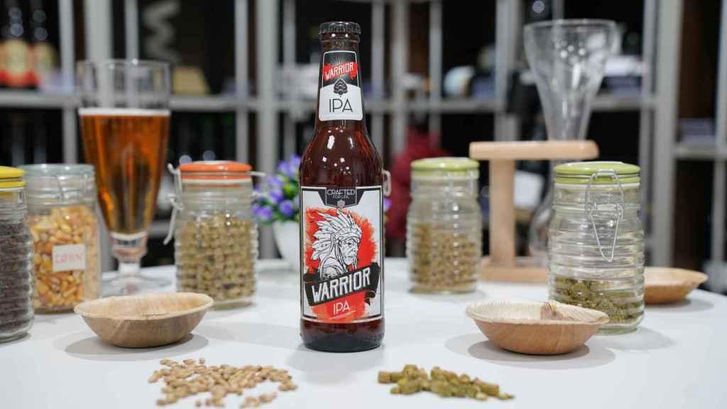 La botella de cerveza estilo IPA Warrior, perteneciente a Lidl.
