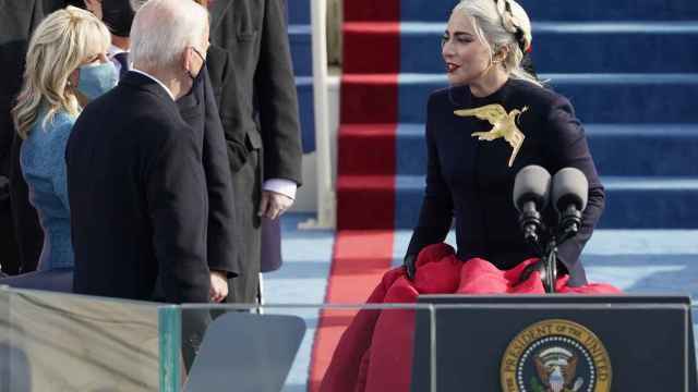 Lady Gaga lució en la toma de posesión de Joe Biden.